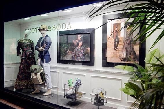 Scotch & Soda opens corner on Loja das Meias